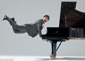 Lang soudé au piano 6